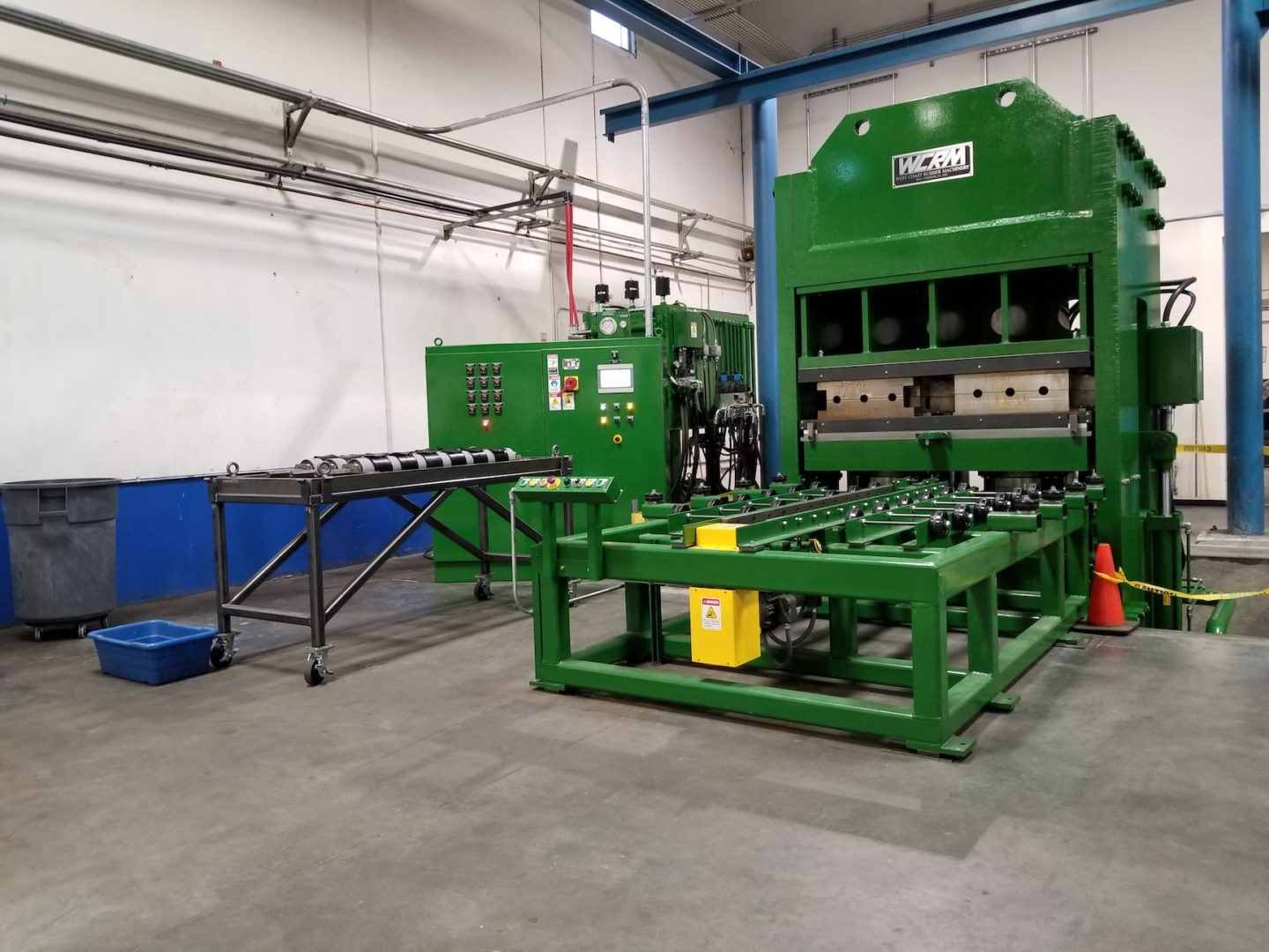 "72"" x 72"" 1800 Ton, Slab Side, Up-Acting, Rubber Compression Molding Press"